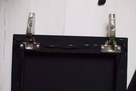 .. and the finished hinged edge.