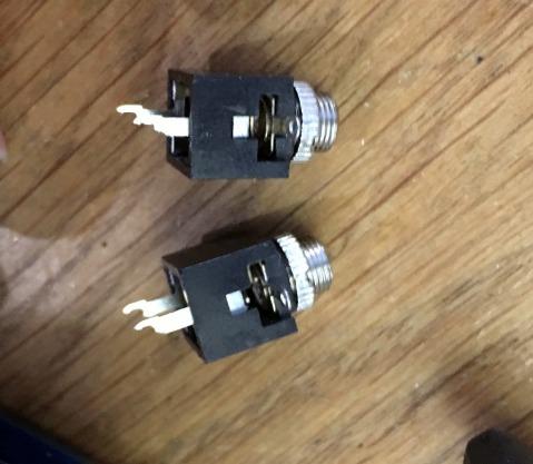 Output jack solder pins trimmed