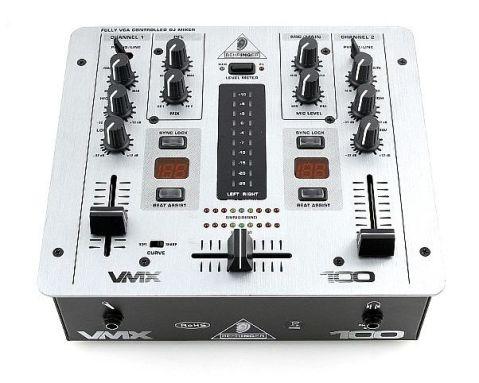 Behringer VMX 100 Dj Mixer